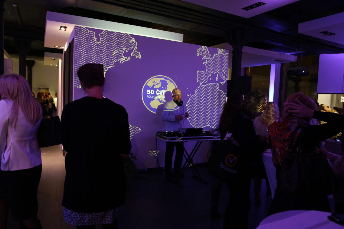 Presentation of ROLF BENZ Sofa RB 50